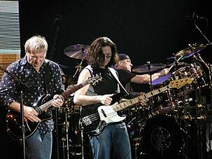 the-band-rush-on-stage-author-Enrico-Frangi